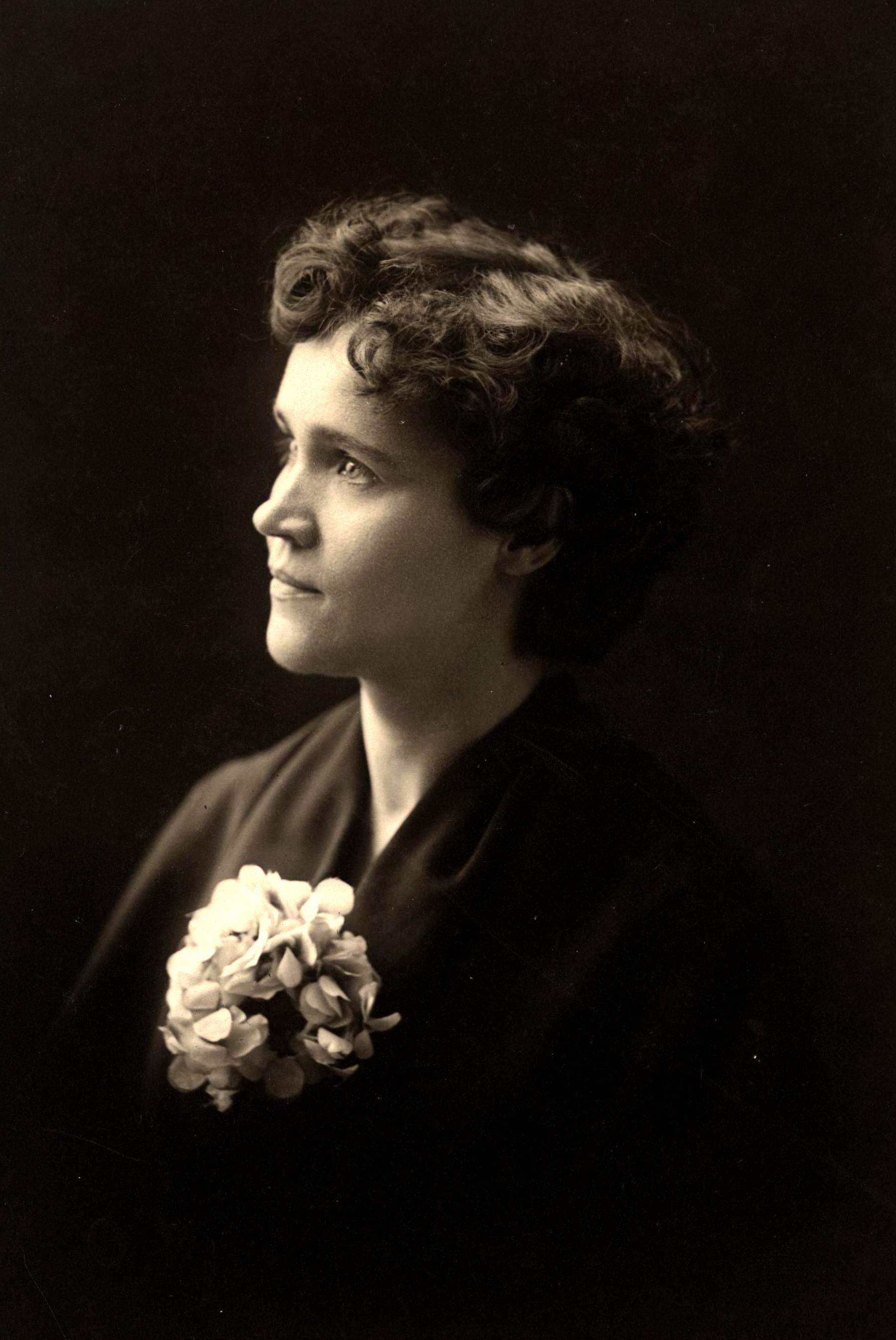 Voltairine de Cleyre fotografiada per Herbert Bridle (Filadèlfia, 1901)
