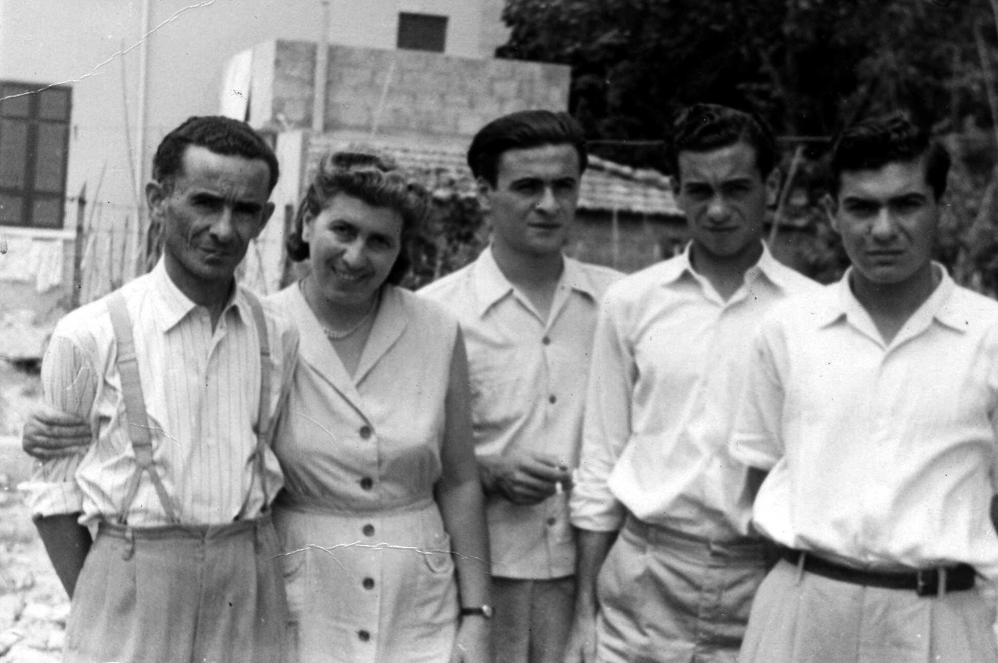 Attilio Bazzocchi, Manilla Gaudani i sos tres fills (Forlì, juliol de 1954)