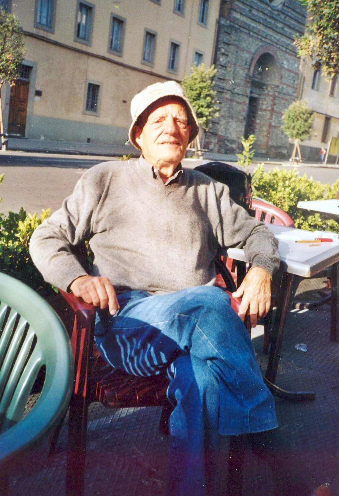 Artese Benesperi fotografiat per l'historiador Carlo Onofrio Gori (2004)