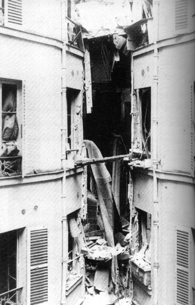 L'edifici de Bulot després d'esclatar la bomba de Ravachol (27-03-1892)