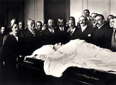 El cadàver de Canalejas al Ministeri de la Governació