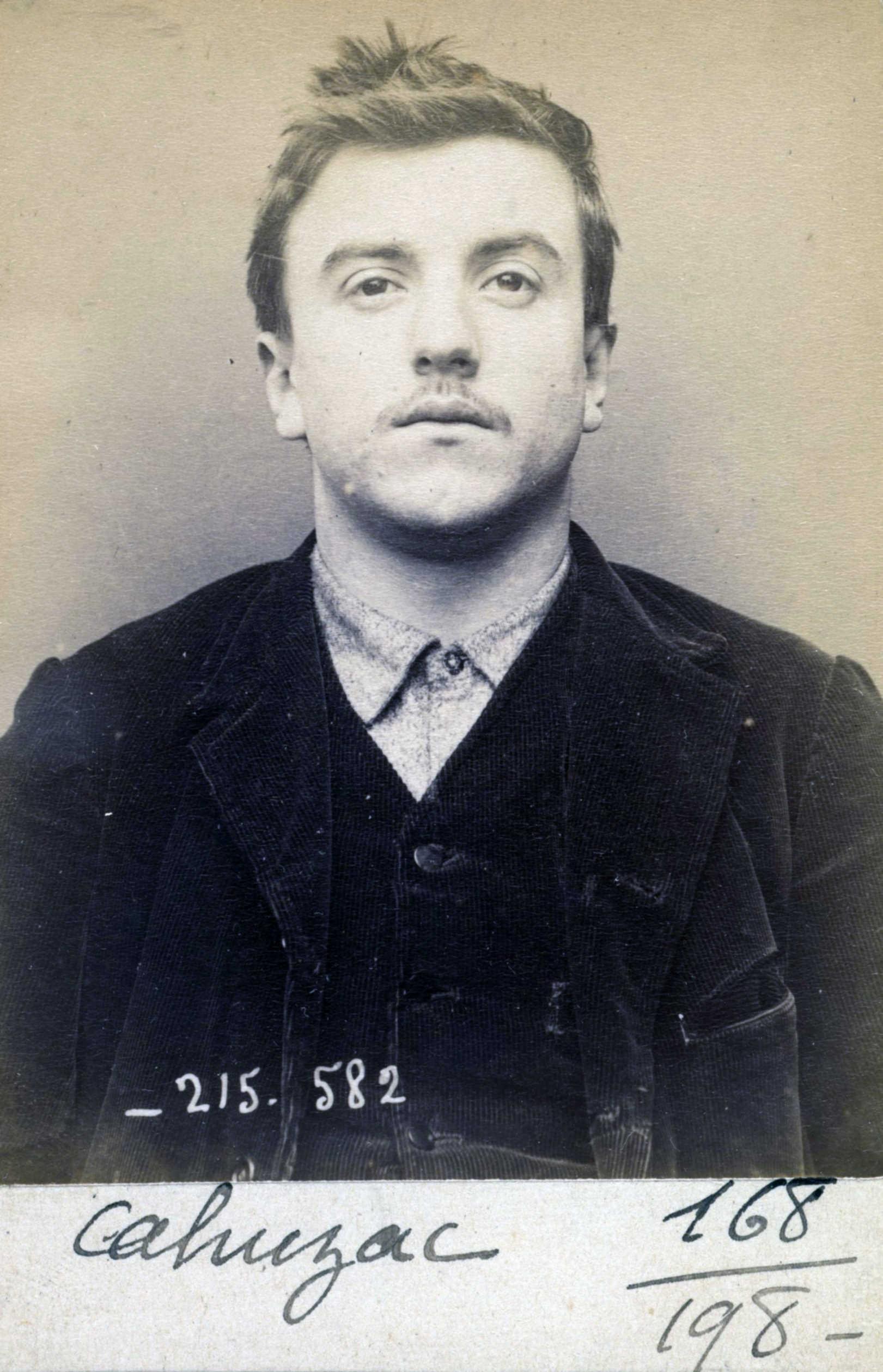 Foto policíaca de Jean Cahuzac (12 de març de 1894)