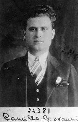 Foto policíaca de Giovanni Camillò