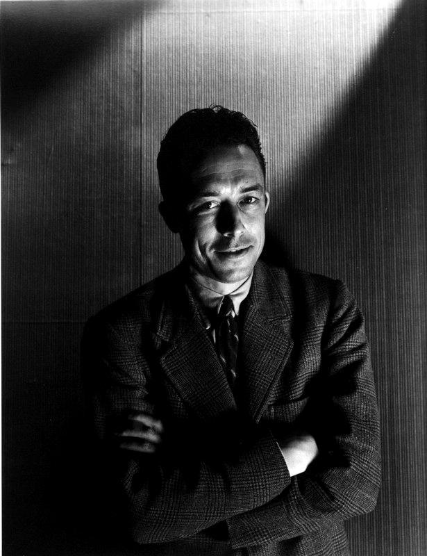 Albert Camus fotografiat per Cecil Beaton (1946)