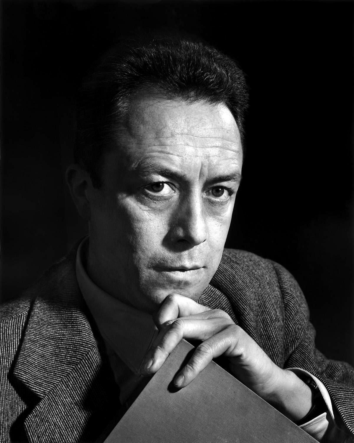 Albert Camus fotografiat per Yousuf Karsh