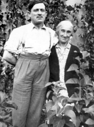 Albert Cané amb sa mare, Marguerite Amblard, que morí en 1933