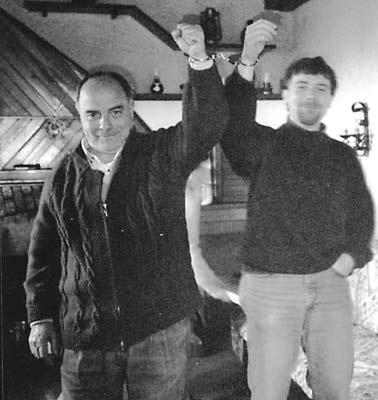 Luigi Carlizza emmanillat amb son fill Fricche