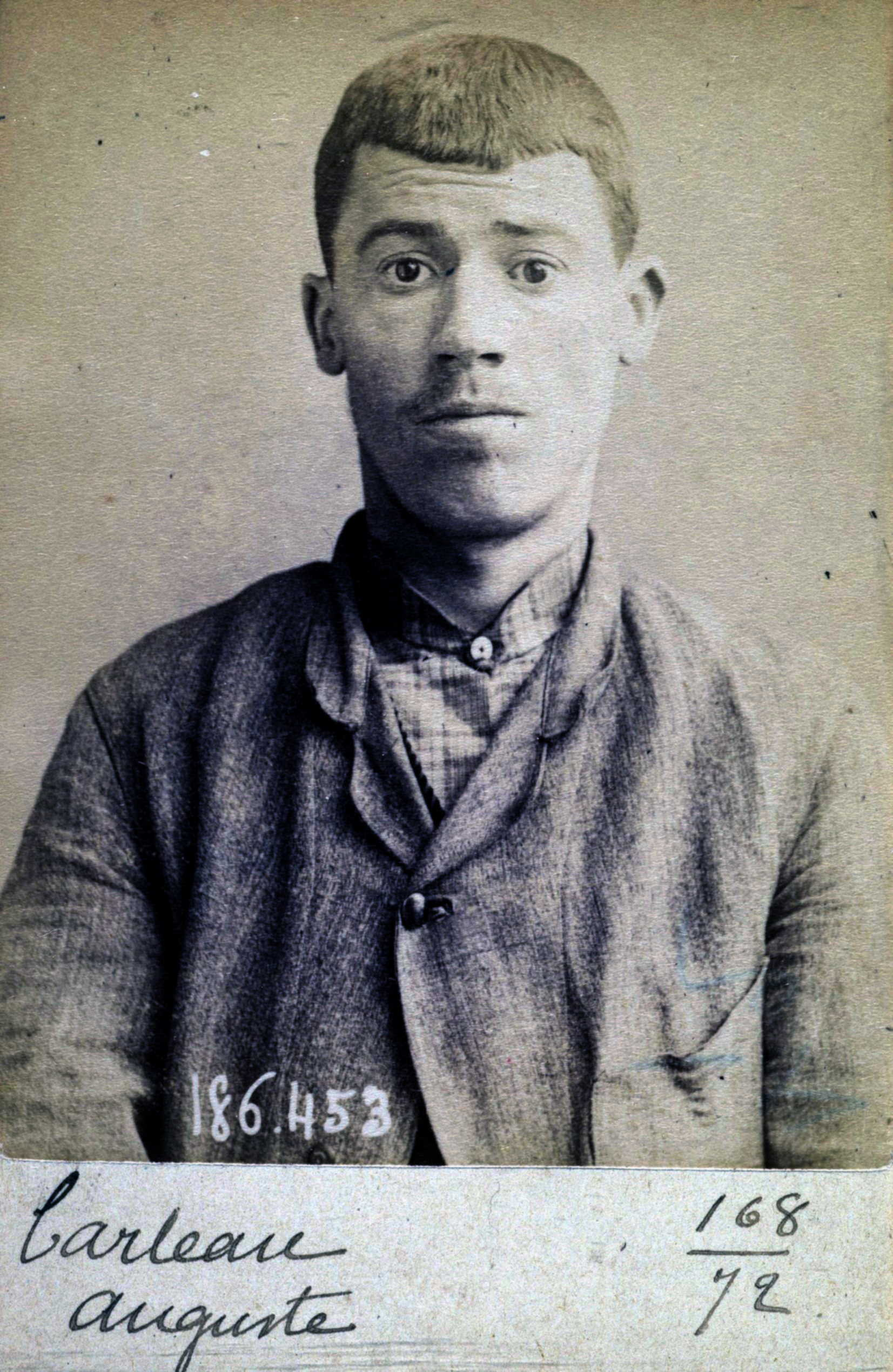 Foto policíaca d'Auguste Carteau (1 de maig de 1892)