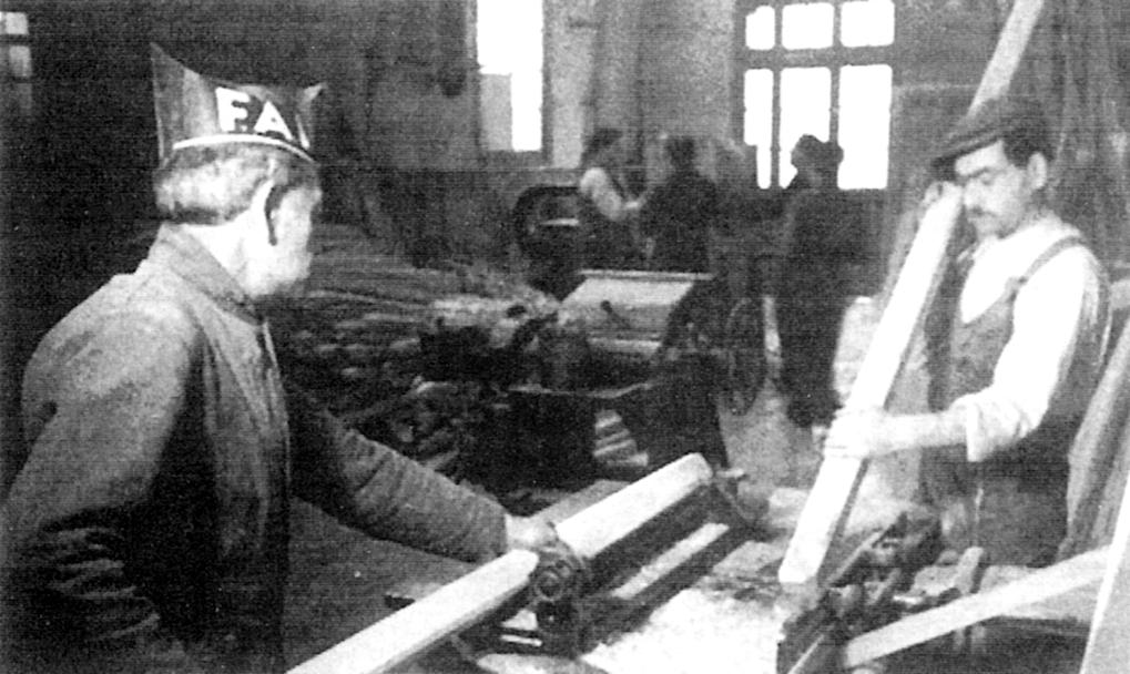 Treballadors de la fusta col·lectivitzada