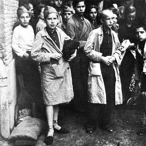 Última expedició de nins cap a les colònies infantils (Madrid, febrer de 1939)