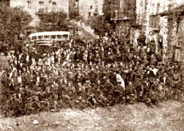"""Columna expedicionària, amb milicians del """"Batalló Isaac Puente"""", a Villareal (juliol de 1936)"""