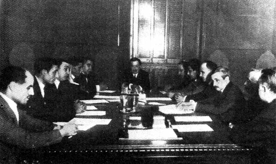 Una sessió de la Comissió Mixta de Treball
