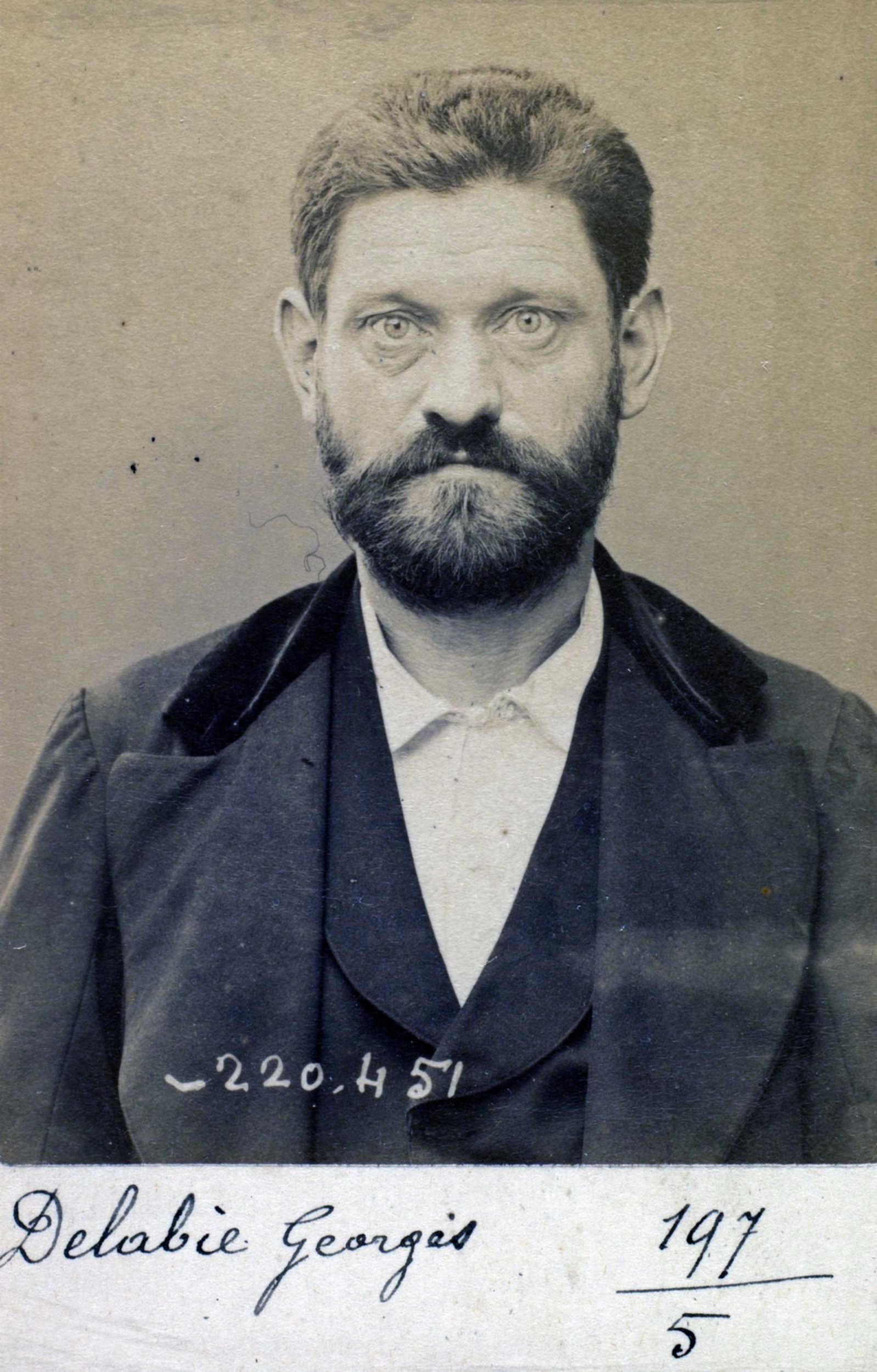 Foto policíaca de Georges Delabie (2 de juliiol de 1894)