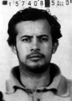 Foto policíaca d'Idilio de León