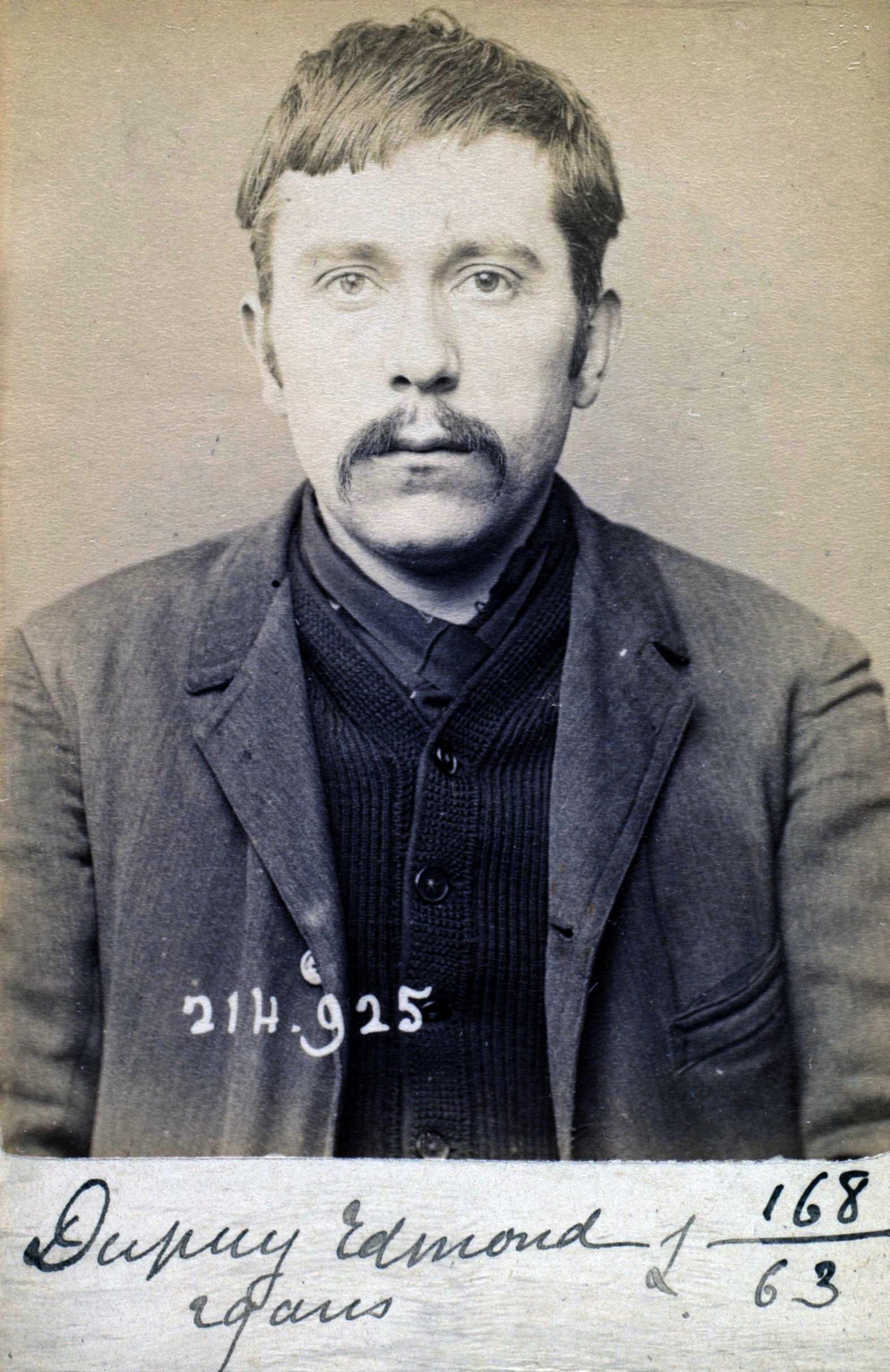 Foto policíaca d'Edmond Dupuy (1 de març de 1894)