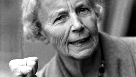 Elise Otessen-Jensen fotografiada por Sverre Børretzen