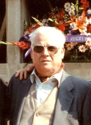 Jerónimo Falo Villanueva en el entierro de Germinal Gracia (Toulouse, 1991)