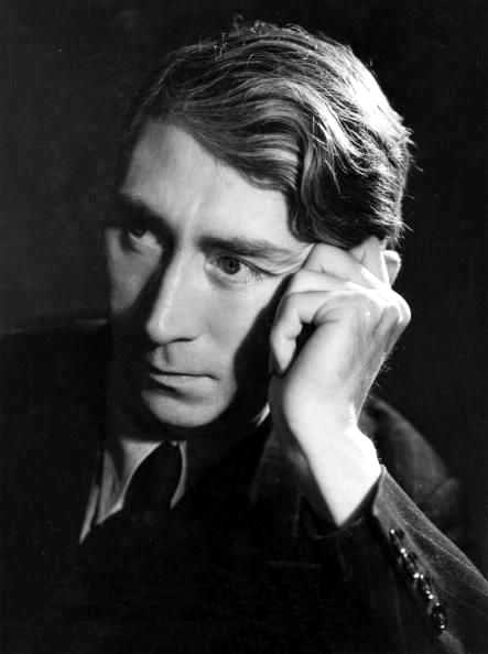 Herbert Read, fotografiado por Gordon Anthony