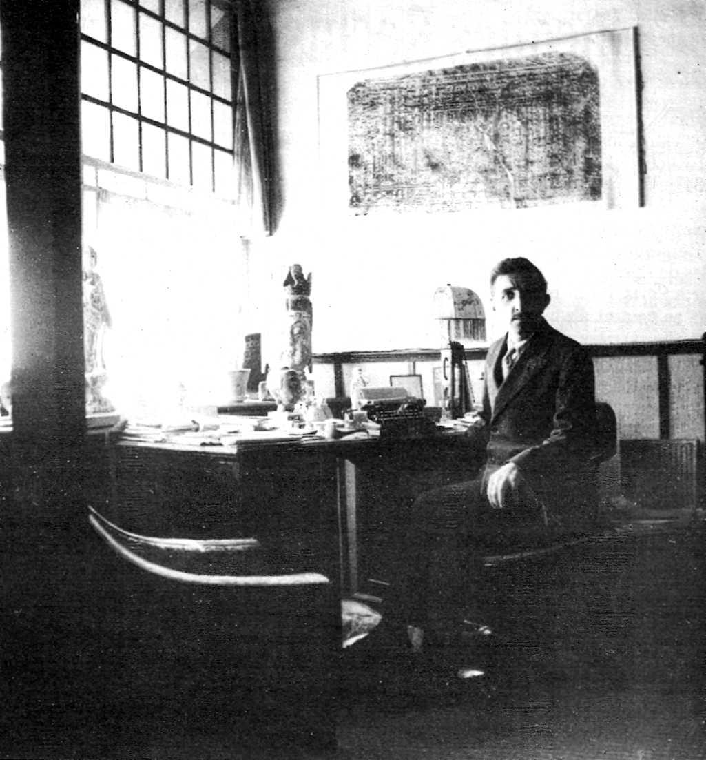 Jacques Reclus a la seva casa de Pequín (novembre de 1933)