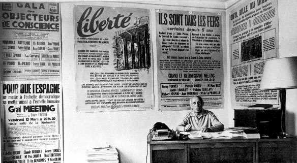 """Louis Lecoin a la seu de """"Liberté"""""""