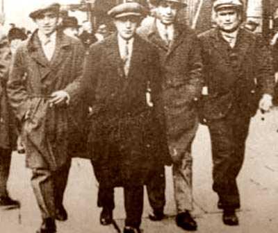 Ascaso, Liberto Callejas, Durruti i Emeterio de la Orden (Brussel·les, 1929)
