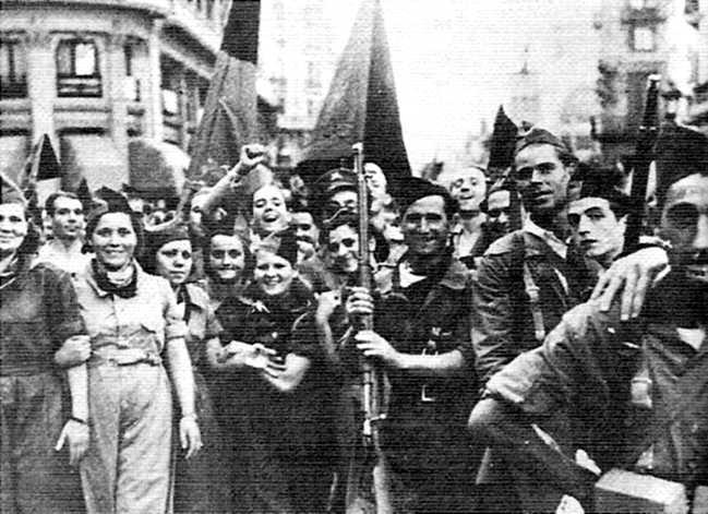 "Milicians de la Columna ""Los Aguiluchos"" sortint de Barcelona cap al front"
