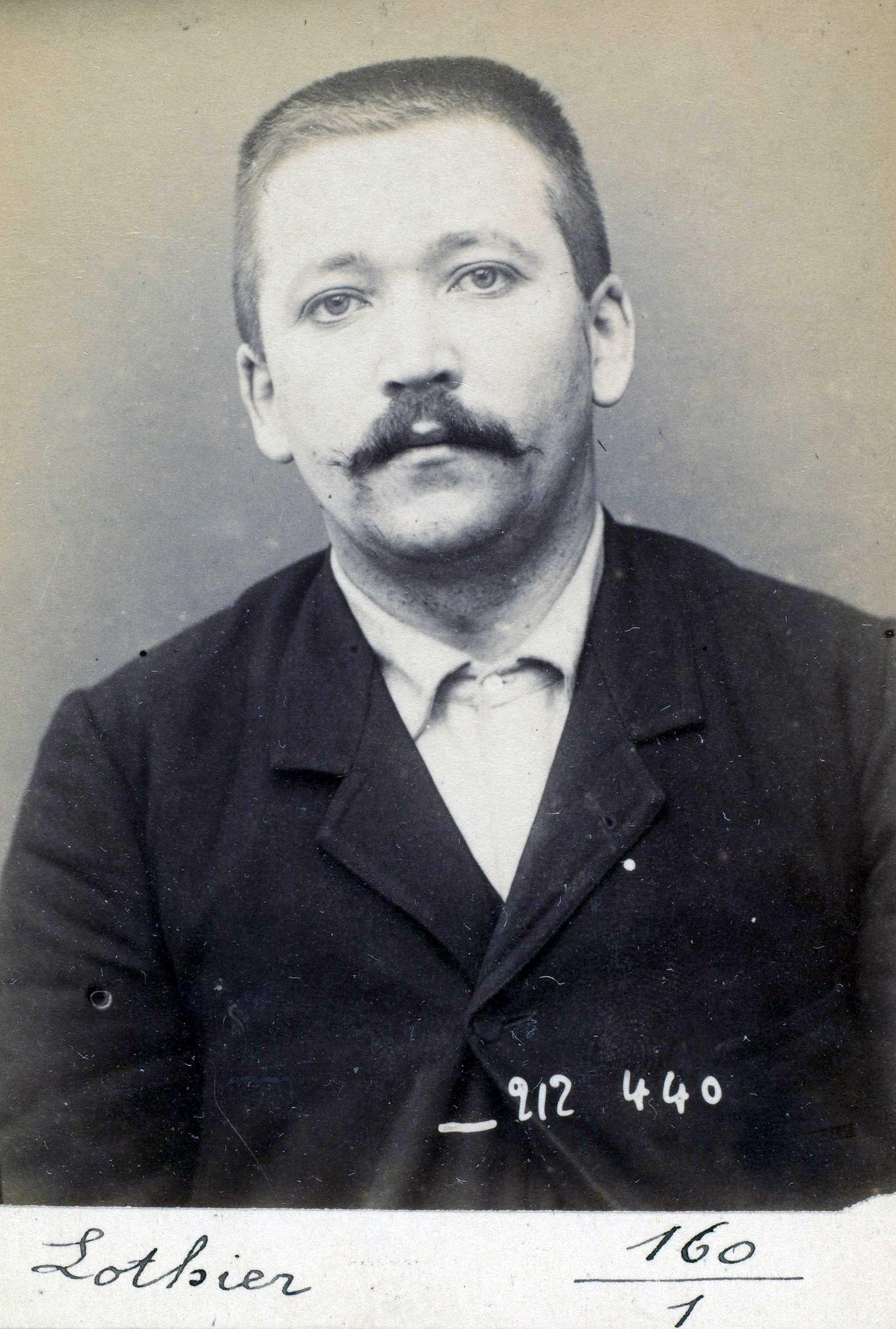 Foto policíaca de Gaston Lothier (1 de gener de 1894)