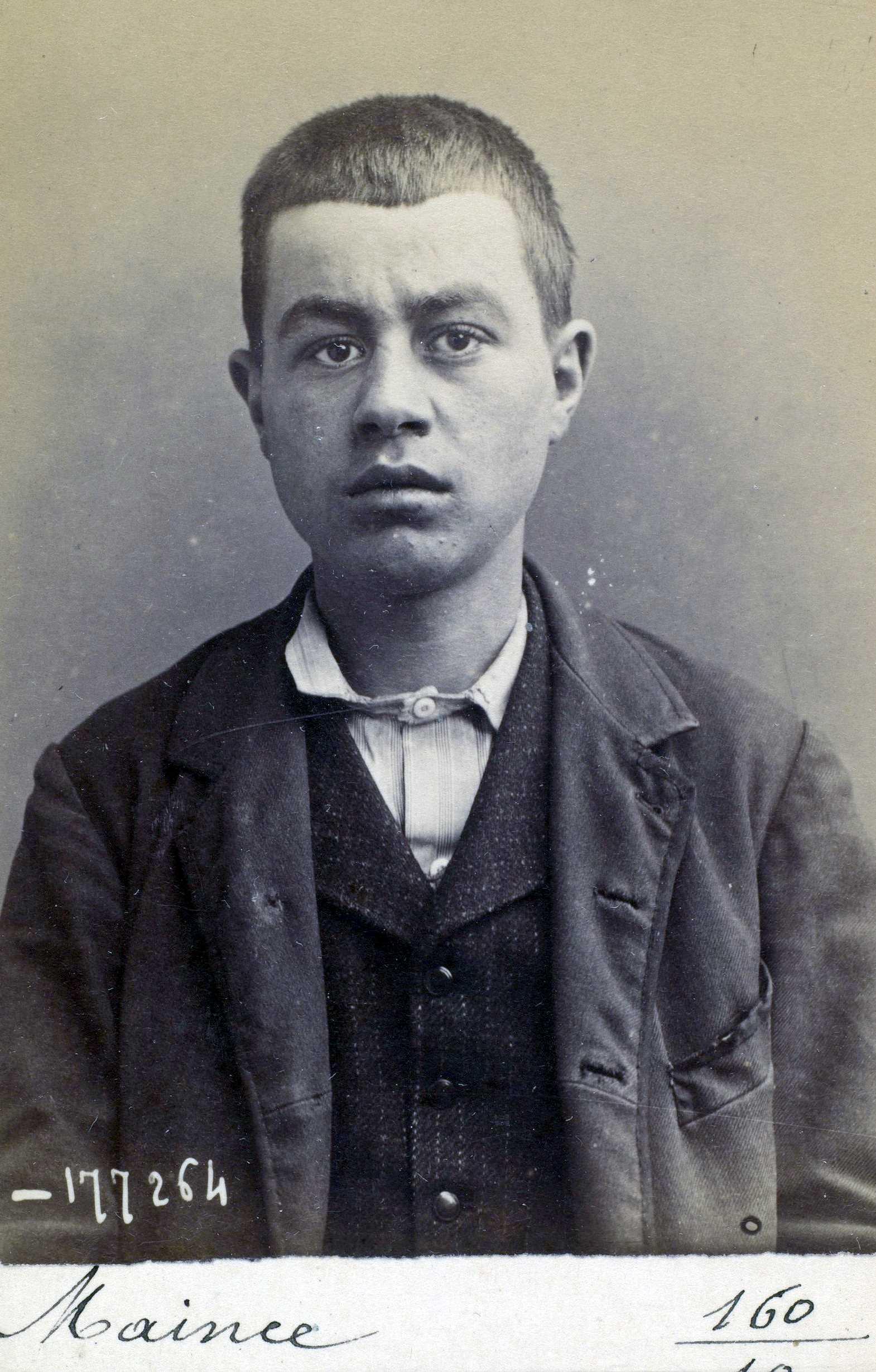 Foto policíaca d'Émile Maince (1894)