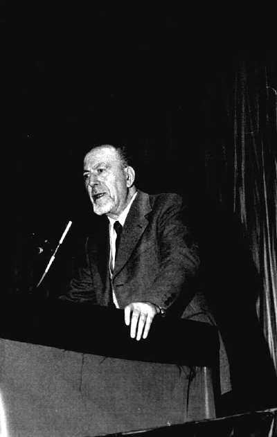 Umberto Marzocchi, secretari de la IFA, en el Congrés de Carrara de 1978