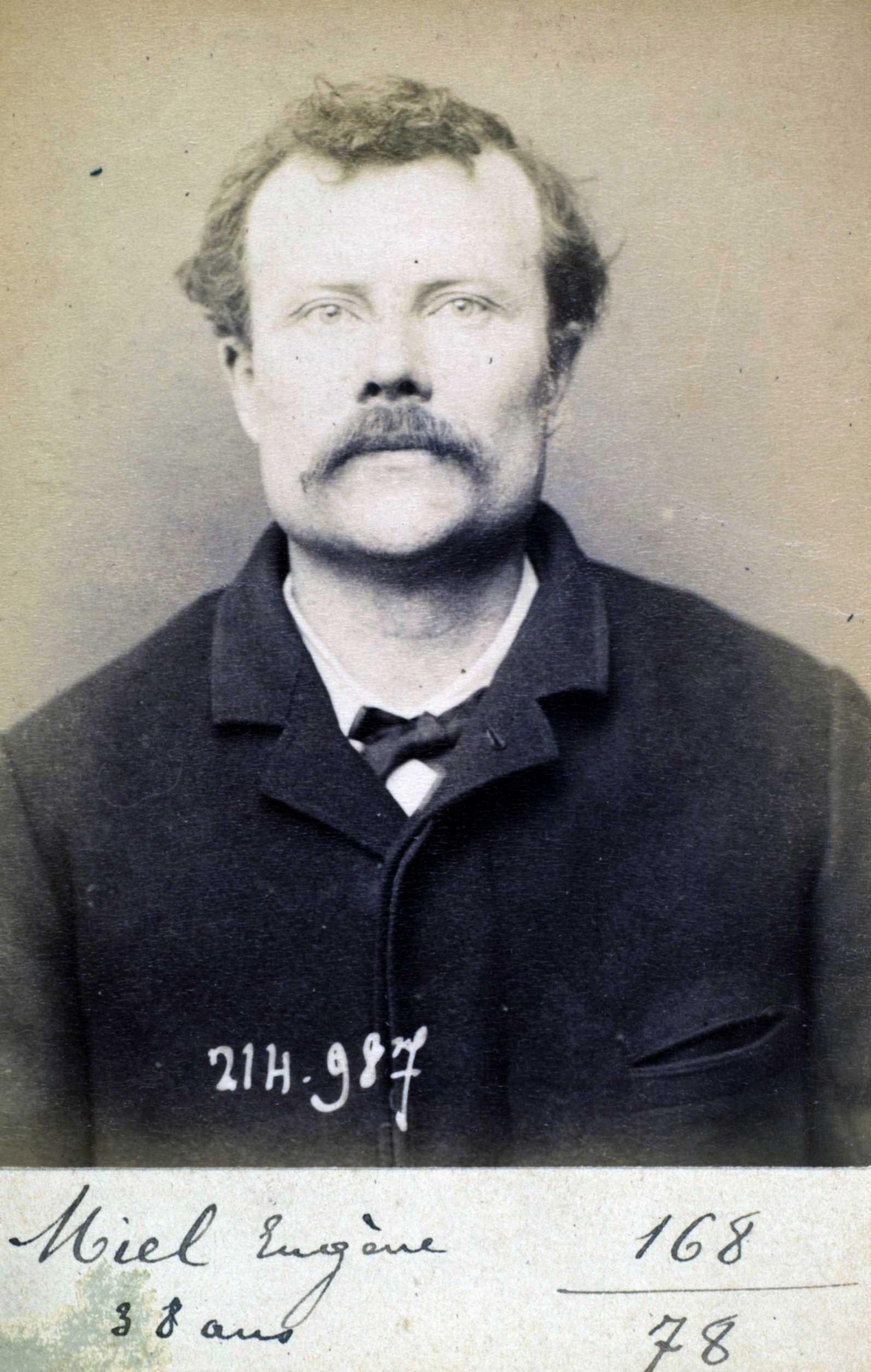 Foto policíaca d'Eugène Miel (2 de març de 1894)