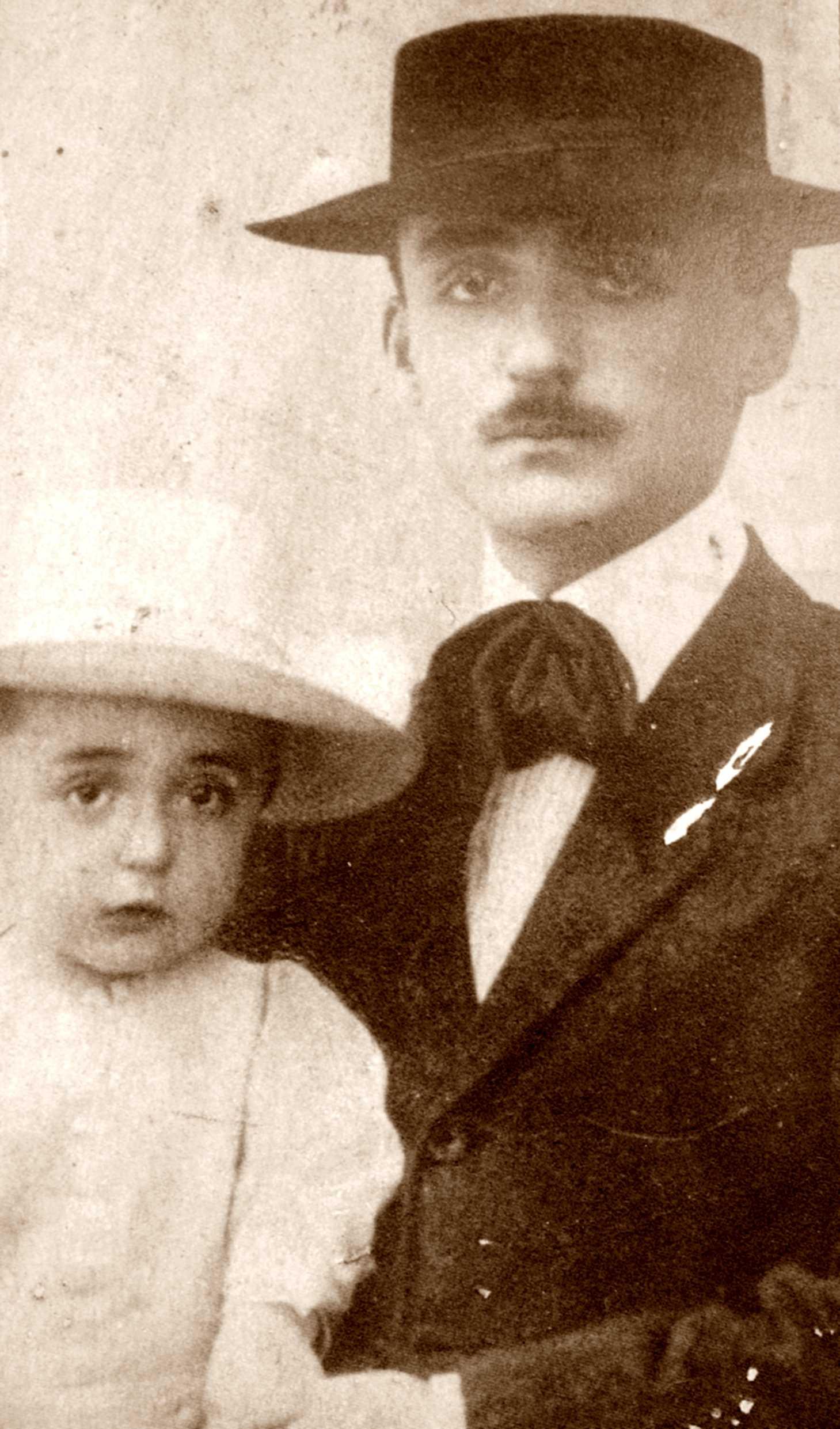 Giuseppe Monanni amb una filla
