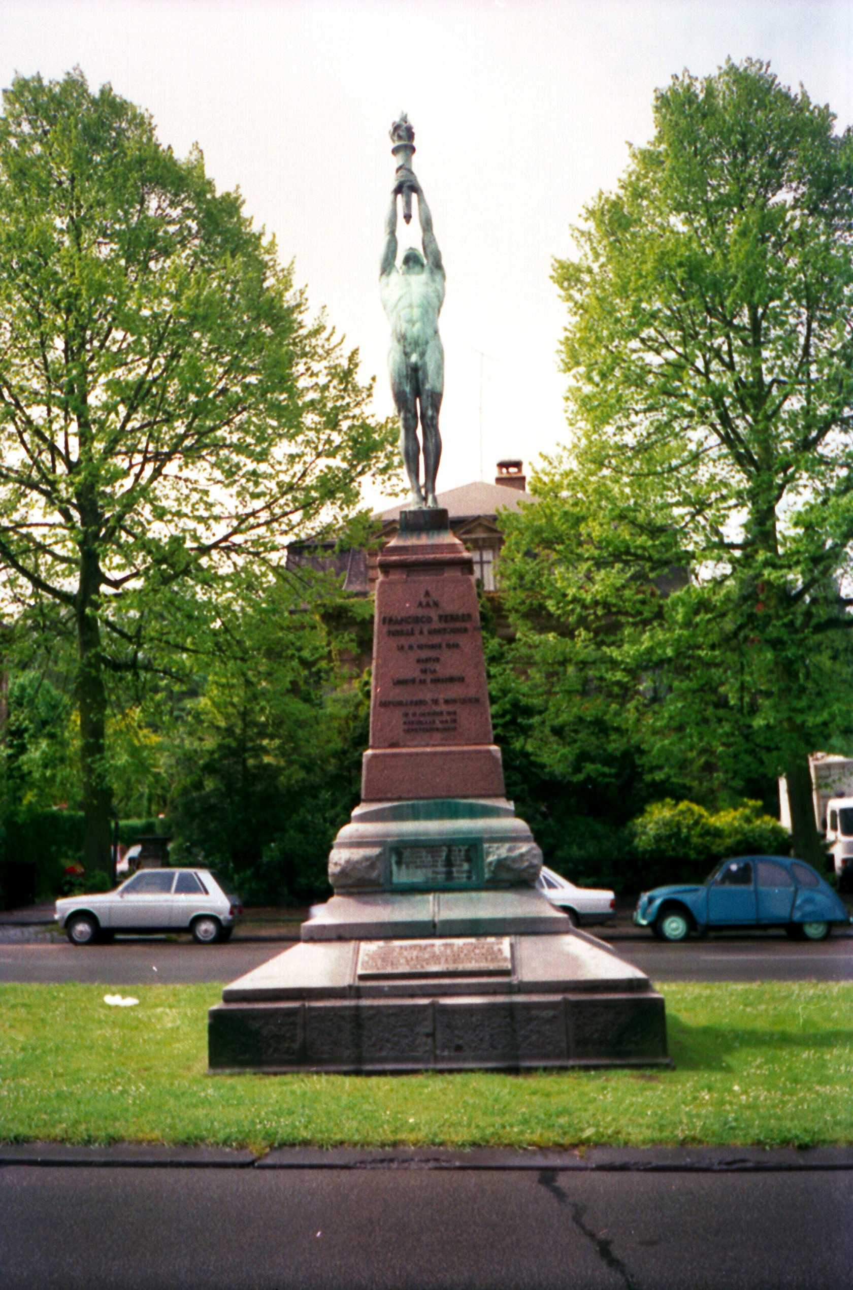 Monument a Ferrer a Brussel·les