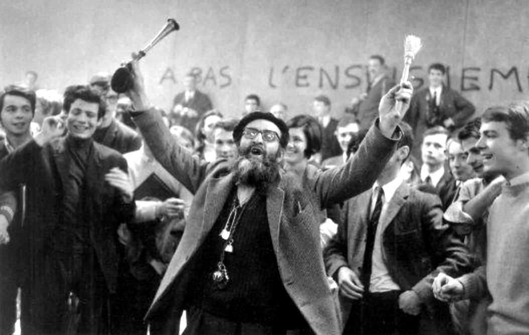 Aguigui Mouna, fotografiado por Gilles Caron (Universidad de Nanterre, abril de 1968)