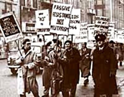 Manifestació d'objectors de consciència