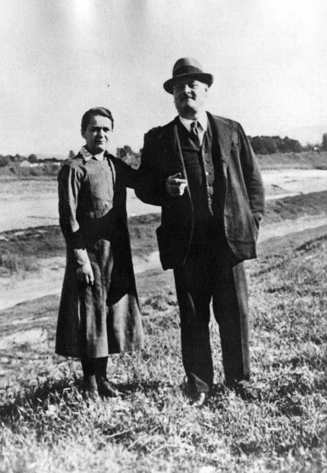 Ugo Resta amb sa companya