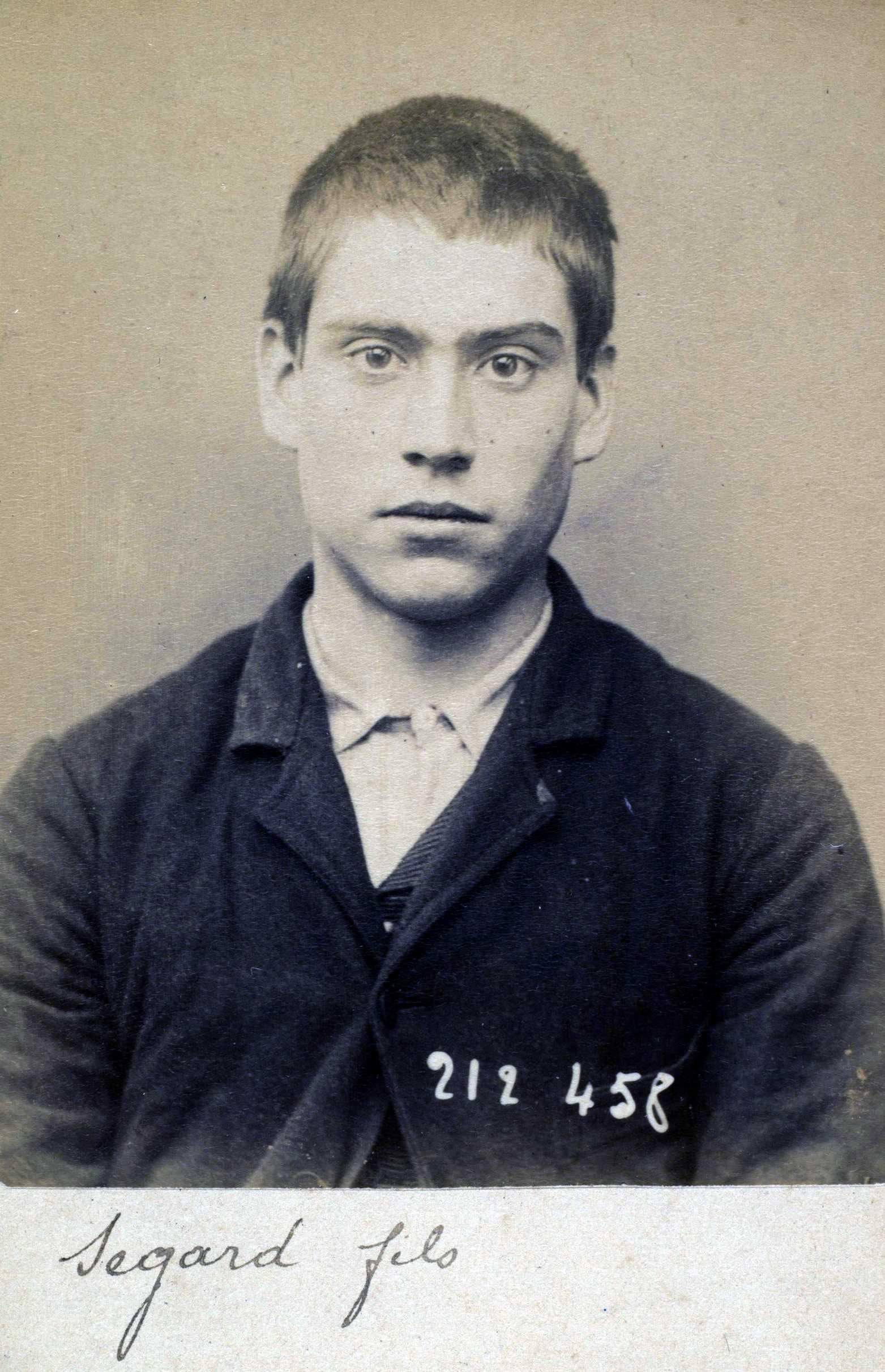 Foto policíaca d'Émilien Ségard (2 de juliol de 1894)