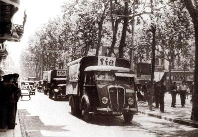 Camions de la SIA francesa per les Rambles de Barcelona