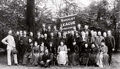 "Membres de la ""Socialist League"", entre ells William Morris i, possiblement, Tom Cantwell"