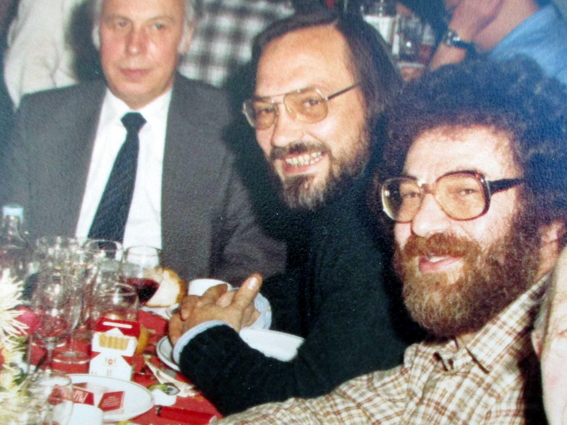 De dreta a esquerra: Michel Tepernowski, Jacky Toublet i André Devriendt