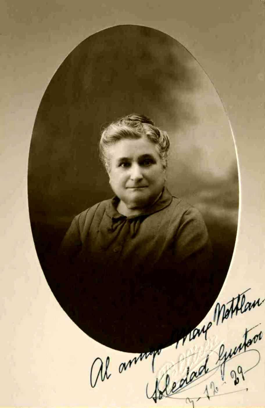 Soledad Gustavo, fotografiada per Xavier Pellicer, amb una dedicatòria a Max Nettlau (3 de desembre de 1929) [IISH]