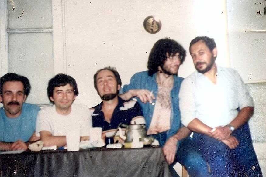 Part del grup editor d'«Utopía» als anys vuitanta. D'esquerra a dreta: Raúl Torres, Christian Ferrer, Carlos Torres, Carlos Gioiosa («Cutral») i Juan Carlos Pujalte