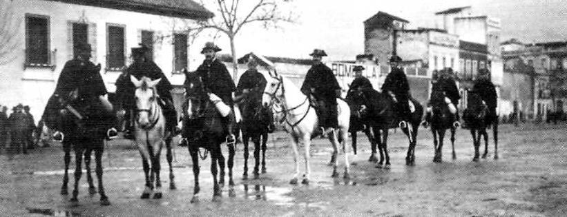 Forces de la Guàrdia Civil pels carrers de Còrdova durant la vaga general de 1919